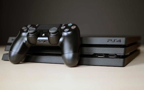 Sony reduz preço do PlayStation 4 e PS4 Pro e declara que não tem mais fabricação nacional