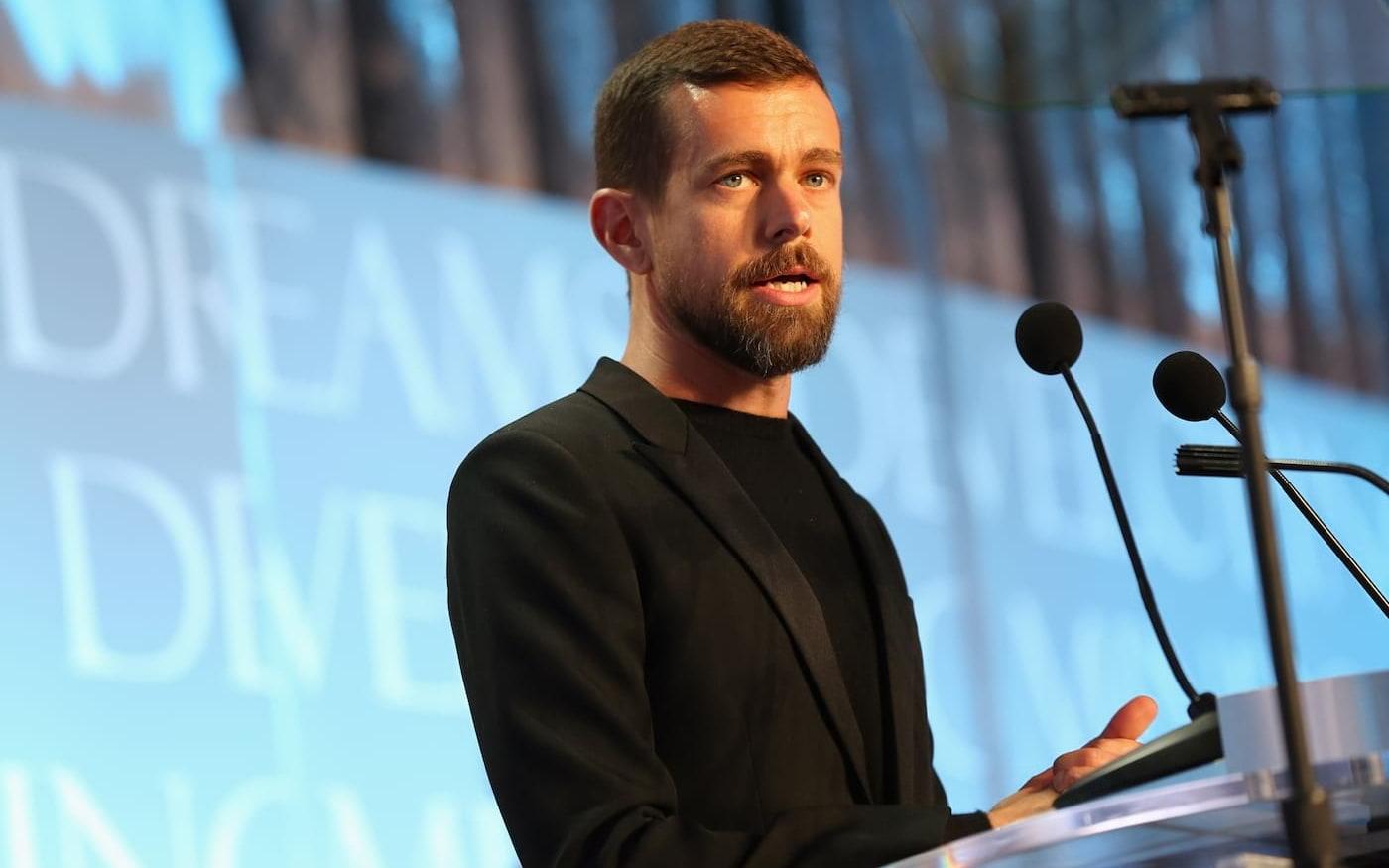 Twitter suspende publicação via SMS após invasão da conta do CEO da rede social