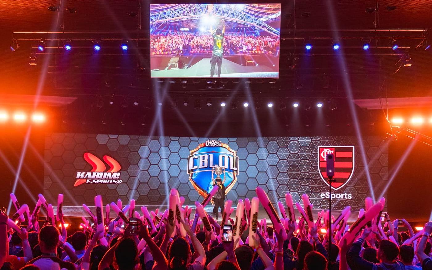 Flamengo é campeão nacional de League of Legends, derrotando a INTZ na final do CBlol