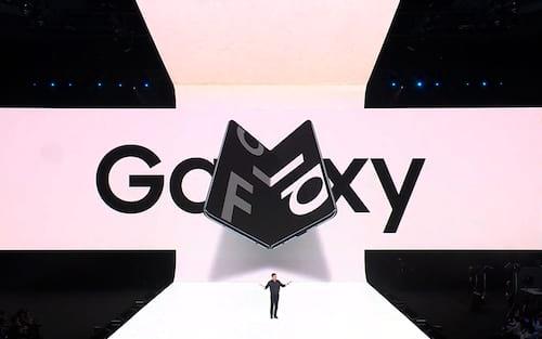 Samsung Galaxy Fold já conta com suporte a centenas de aplicativos graças ao Google