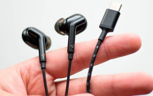 Onde estão os fones de ouvido USB-C?