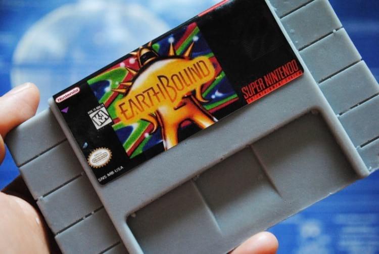 Fita do console Super Nintendo (SNES). Fonte: Etsy
