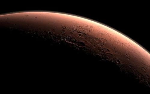 Missão InSight descobriu pulsação de campo magnético e possível reservatório de água em Marte