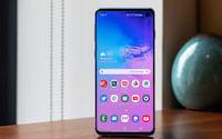 Samsung emite declaração oficial após problemas no leitor de digitais do Galaxy S10