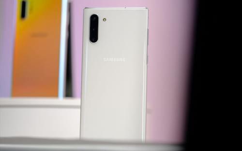 Galaxy S10 e Note 10 começam a receber atualização para corrigir falha no leitor de digitais