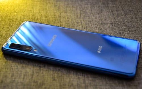 Galaxy A7 (2018) e Galaxy J5 Pro recebem patch de segurança de novembro
