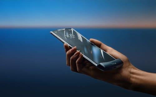 Motorola anuncia RAZR 2019, seu primeiro smartphone dobrável