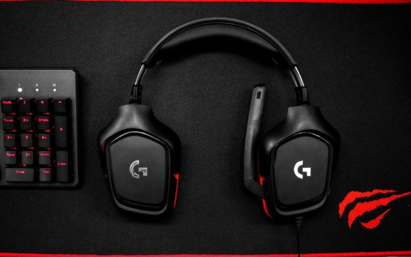 Como melhorar o som do microfone do headset para jogos
