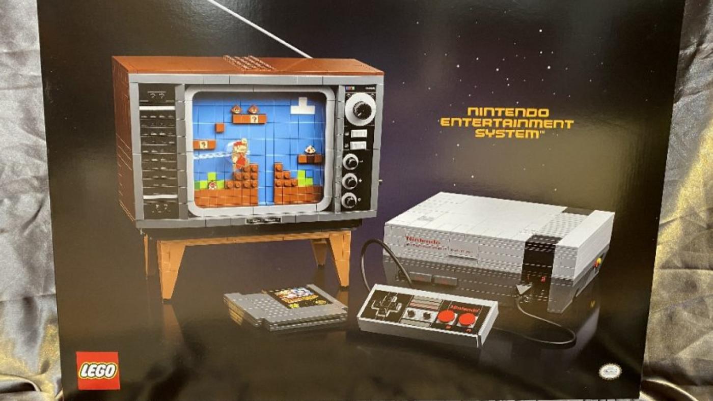 Caixa da réplica do console NES feita de peças da Lego. Fonte: vjgamer