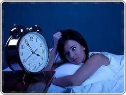 Esta com dificuldades de dormir a noite? Veja aqui o porquê