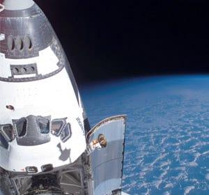 Ônibus espacial Endeavour chegará a Terra nesta quarta-feira
