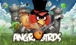 Slash, ex guitarrista da banda Guns N'Rose diz ser viciado em Angry Birds