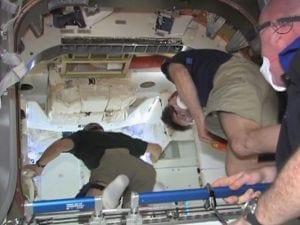 Para astronautas da ISS a cápsula Dragon tem cheiro de carro novo