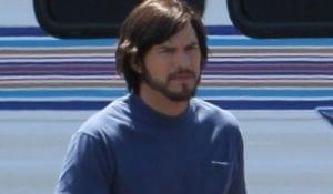 Veja Ashton Kutcher como Steve Jobs para filme