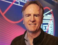 John Sculley afirma: Apple entrará na briga dos games