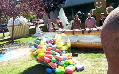 Google cria estátua do Android Jelly Bean em sua sede