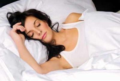 Estudos revelam que pessoas adultas também podem aprender durante o sono