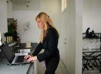 Aumento de estresse no trabalho pode ser por excesso de e-mails