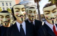 Grupo Anonymous derruba centenas de sites israelitas após ataque à Gaza
