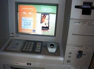 Itaú libera saques em caixas eletrônico sem o uso de cartões