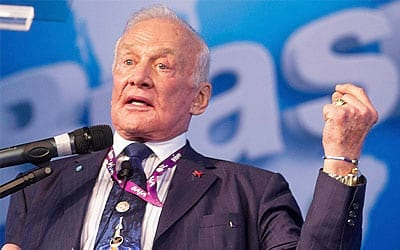 Buzz Aldrin astrounauta que inspirou Toy Story palestrou na Campus Party