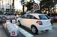 Até 2015, cada carro terá internet disponível