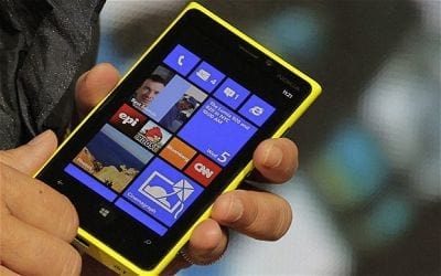 Nokia lança smartphone com Windows 8 e diz que 2013 será o ano da virada